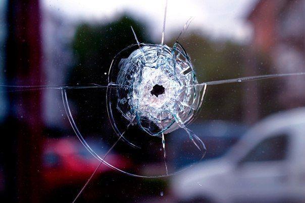 В Волгограде поймали школьников, стрелявших по трамваю из пистолета