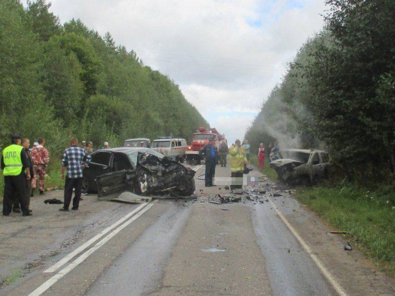 В Вологодской области произошла страшная авария, 4 человека погибли ВИДЕО