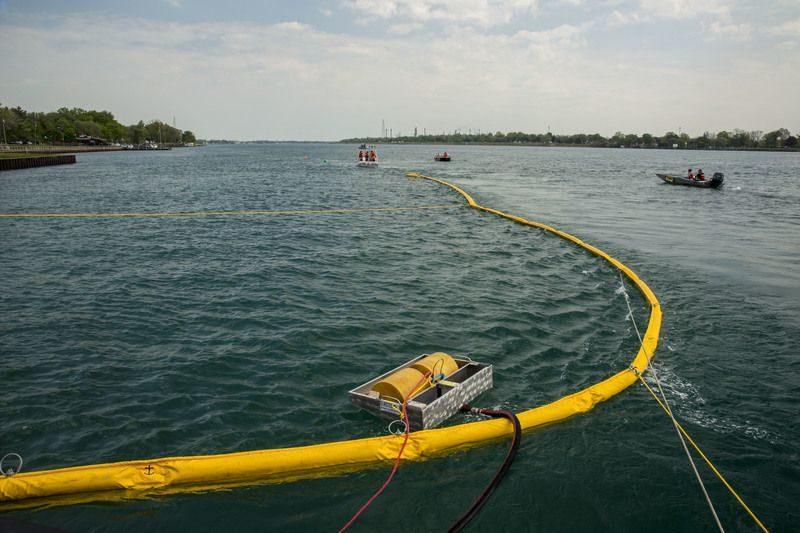 Природоохранная прокуратура возбудила уголовное дело по факту разлива нефти в Светлоярском районе