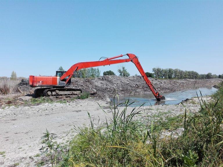 В Волгоградской области построят берегоукрепительные сооружения и расчистят русла рек
