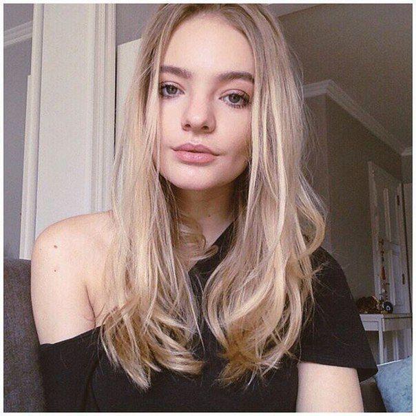 Дочь Пескова госпитализировали