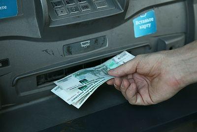 В Петербурге ночью из четырех банкоматов Сбербанка украли свыше 12 млн рублей