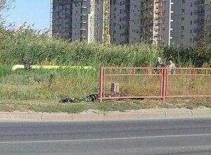 В Волгограде чехол с удочками в руках рыбака прохожие приняли за оружие