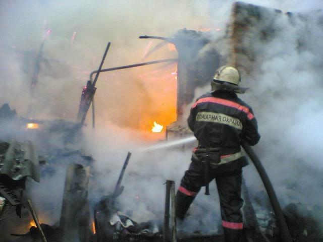 В Суровикино из-за взрыва газового баллона пострадал мужчина
