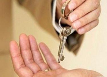 В Волжском два риэлтора продали квартиру без вести пропавшего мужчины
