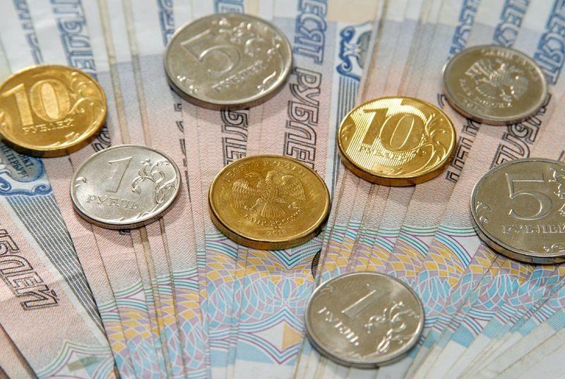 Детям на 700, пенсионерам – на 400: в Волгоградской области увеличен прожиточный минимум