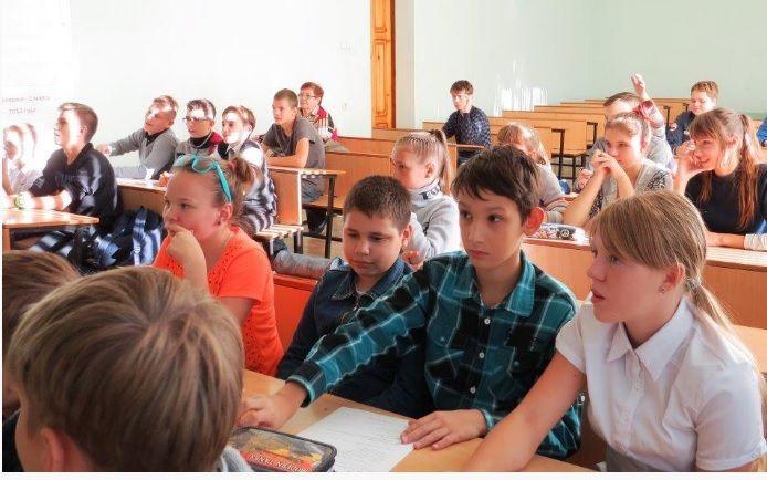 В Волжском начались занятия в «энергоклассах»