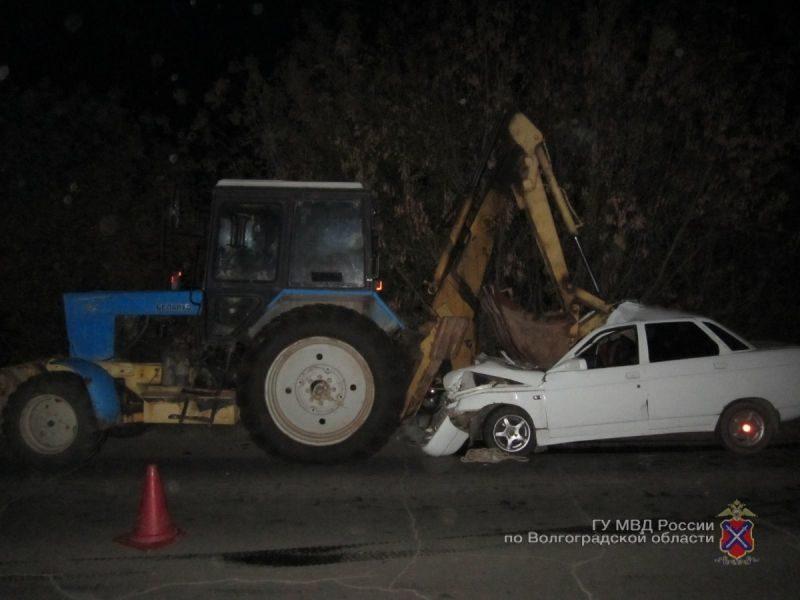 В ДТП с экскаватором и «десяткой» пострадали трое человек