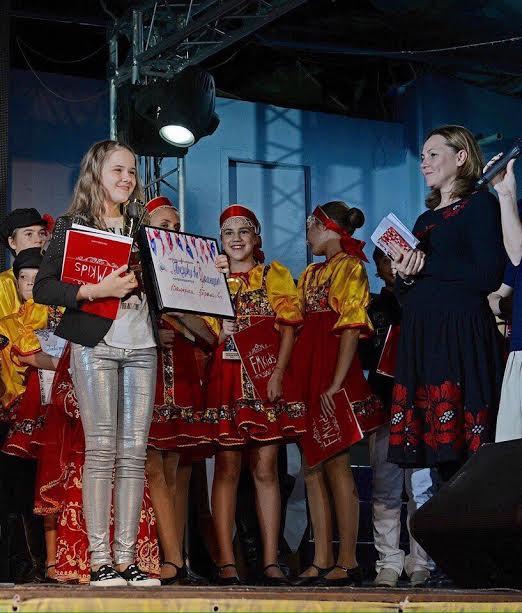 12-летняя волгоградка выиграла грант на поездку во Францию