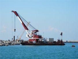 В Чёрном море затонул плавкран: три члена экипажа пропали без вести