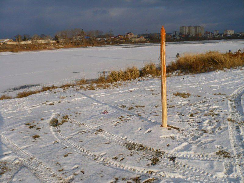В Красноярском крае появился памятник Ивану Грозному в виде окровавленного кола