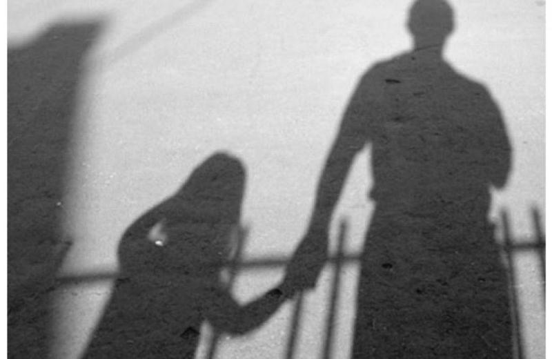 Бывший уголовник надругался над двумя детьми