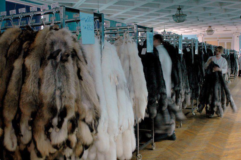 В Волгограде изъяли шубы на 700 тысяч рублей