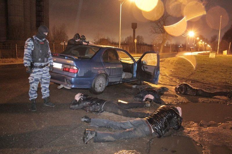 В Подмосковье задержали банду, помышлявшую грабежами в России и за рубежом