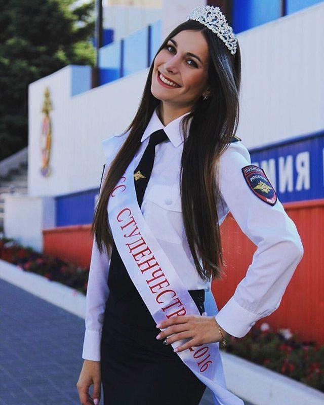"""Младший лейтенант из Волгограда получила звание """"Мисс ЮФО"""". ФОТО"""