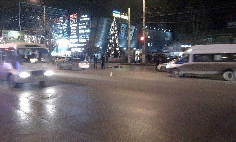 В Ворошиловском районе насмерть сбили мужчину