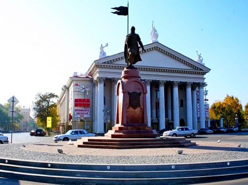 В Волгограде перекроют площадь Павших борцов