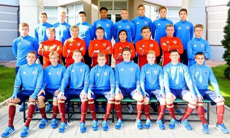 Российские юноши сыграют с Францией