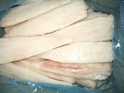 В школе Волгоградской области подавали сомнительную рыбу и не проводили дезинфекцию