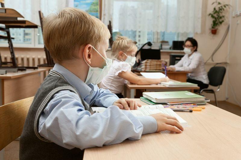 В Волжском в 48 школьных классах ввели карантин