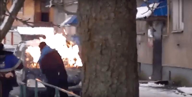 Под Псковом двое братьев закидали полицейских коктейлями Молотова (ВИДЕО)