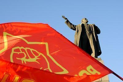 Депутаты хотят запретить спорить об итогах революции