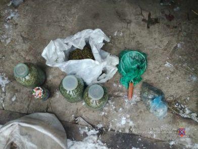 Житель области сделал в гараже погреб для наркотиков