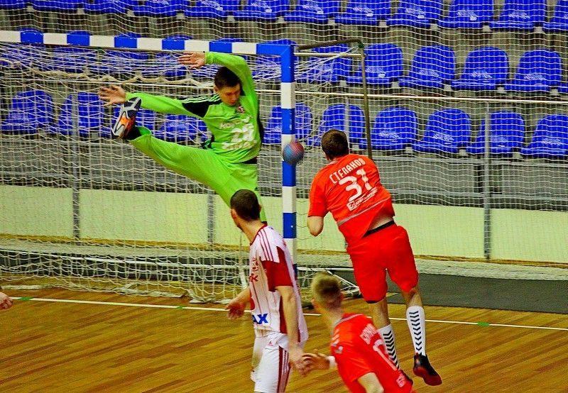 «Каустик» вылетел из Кубка России
