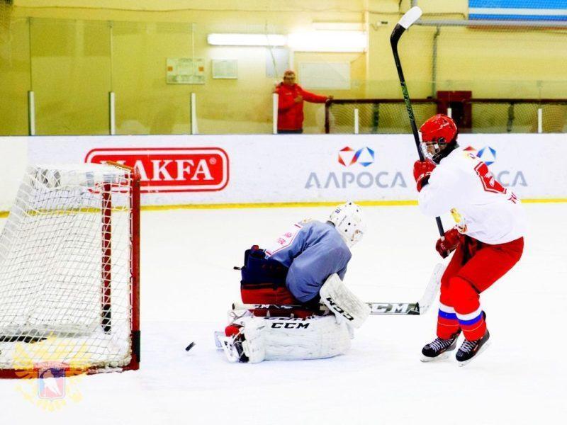 Молодые россияне обыграли сборную Канада-Восток