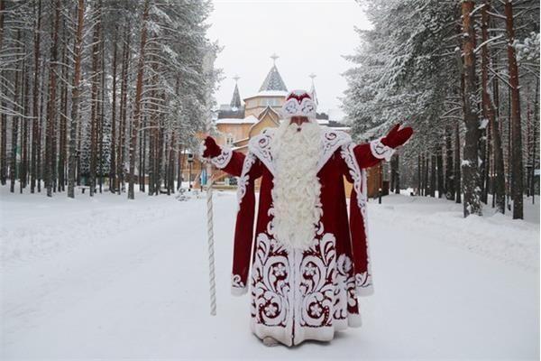 Главный Дед Мороз России приедет в Волгоград, чтобы зажечь