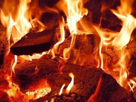 Волгоградский пожар унёс жизни двух человек