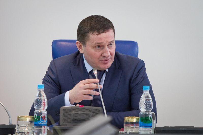 Бочаров придумал, как увеличить бюджет: надо просто поднять оплату «коммуналки»