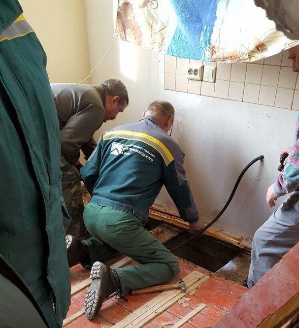 В Волгограде жители дома рискуют утонуть в фекалиях