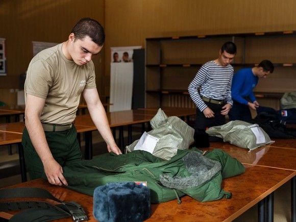 Госдума разрешила отправлять желающих на войну по краткосрочным контрактам