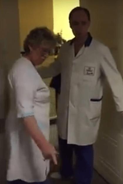 Пациента с ножевым ранением в больнице просили подождать. ВИДЕО