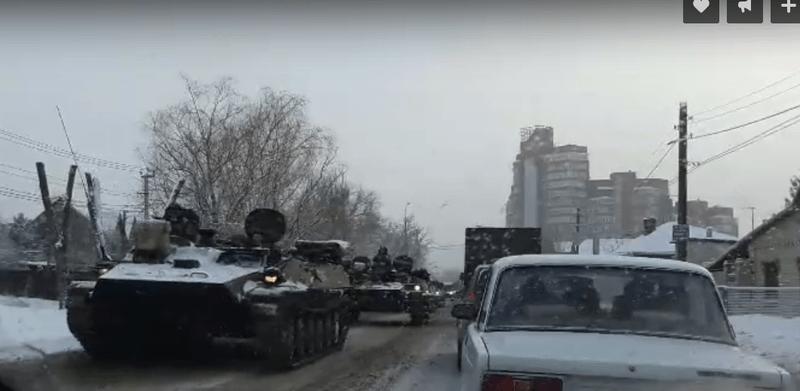 Волгоград заполонили танки