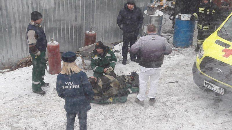В результате взрыва на Комсомольском мосту пострадал человек