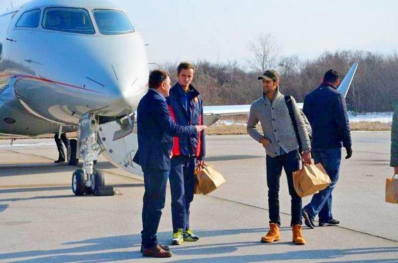 Новак Джокович подвез Медведева на личном самолете