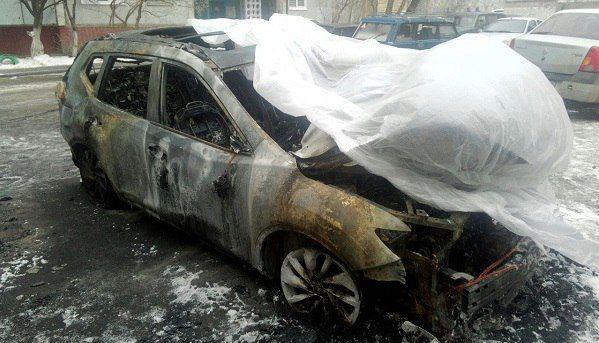 Ревнивый волгоградец спалил автомобиль бывшей возлюбленной