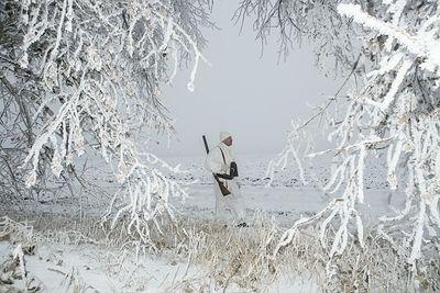 Под Волгоградом полиция искала заблудившегося в лесу охотника