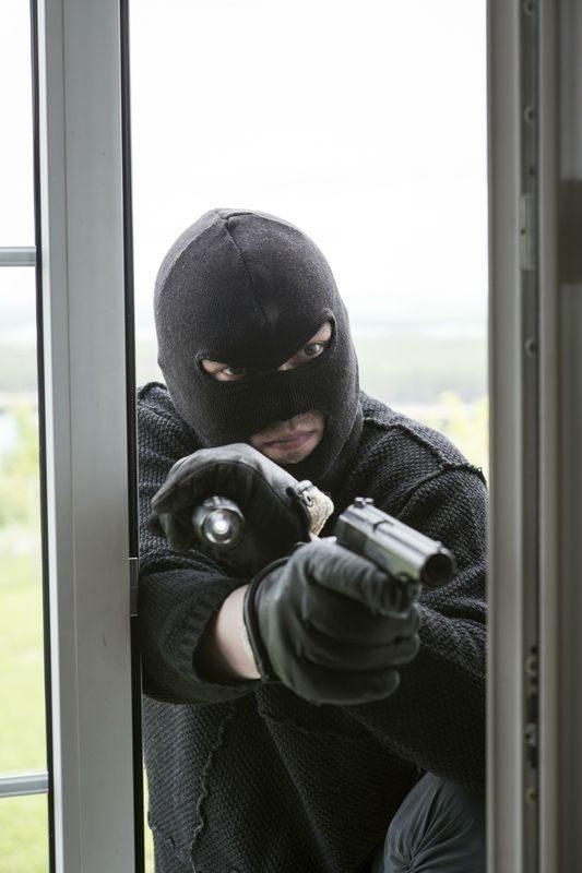 Продавщица выдумала историю об ограблении, чтобы скрыть кражу