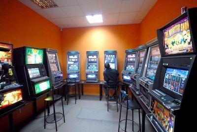Волгоградец организовал подпольную сеть казино под видом биржи ценных бумаг