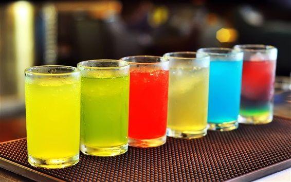 В общественной палате РФ предложили окрасить метиловый спирт в яркие цвета
