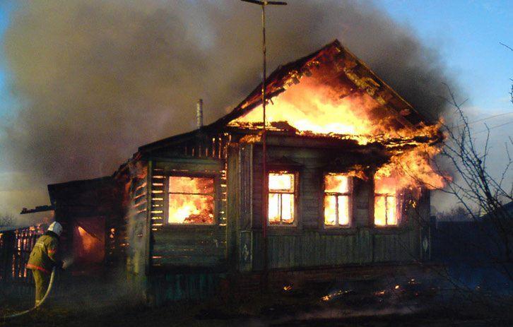 В Старополтавском районе заживо сгорел селянин