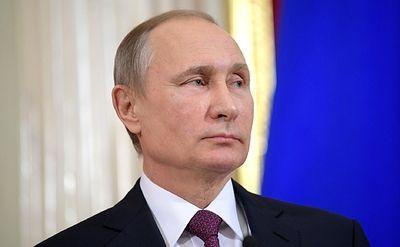 Владимир Путин уволил 16 генералов МВД, МЧС и Следственного комитета