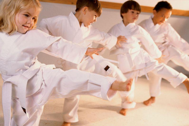 В спортивные секции могут запретить брать маленьких детей