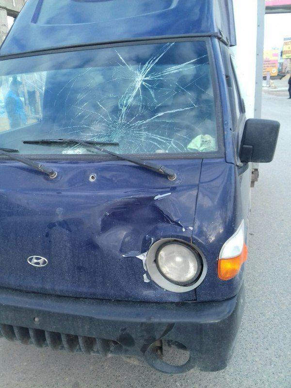 На строительном рынке Тулака грузовик сбил мужчину