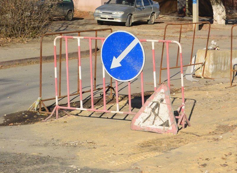 Власти города обещают начать ремонт 2-й Продольной и еще 9 дорог