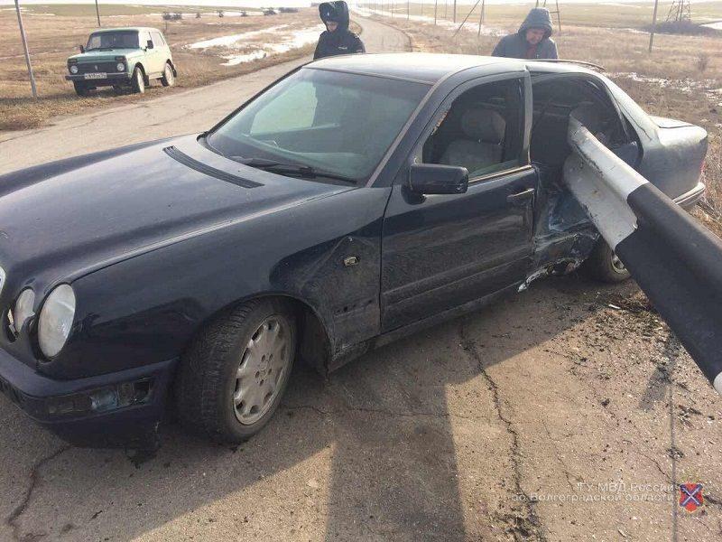 Местный житель угнал машину, чтобы уехать в соседнее село