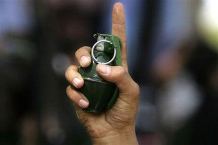 Урюпинец с гранатой в руке вымогал деньги на водку у односельчан